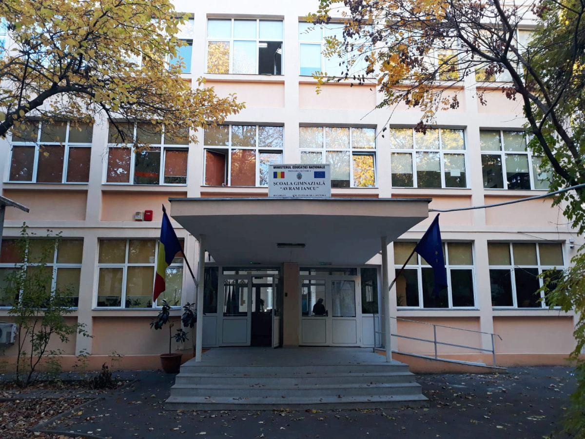 Scoala Gimnaziala Avram Iancu 98 - daui.ro