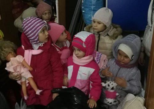 #HAICASEPOATE Moș Nicolae a ajuns la toți copiii din centrele de asistență socială, din Sectorul 4
